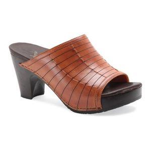 Dansko Open Toe Platform Heel Slides Size 40 Euro
